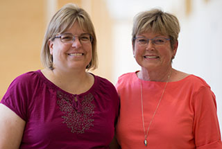 A mother and a daughter whom have rheumatoid arthritis.